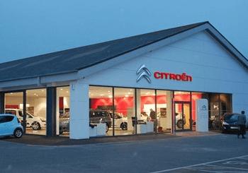 We've Arrived! Citroen Moves Showroom