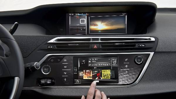 C4 touchscreen