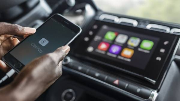 Citroen C3 CarPlay in-car entertainment