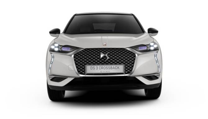 DS 3 E-TENSE CROSSBACK Front View White Background