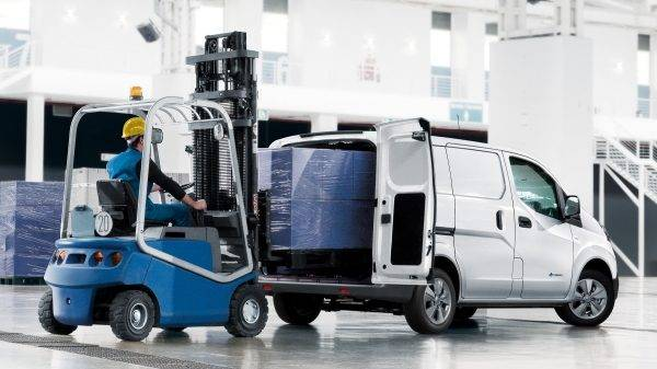e-NV200 Van Loading