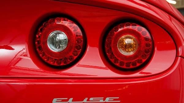 Elise Sport 220 - exterior - lights - close up - red