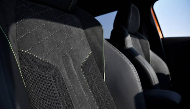 Fabric Seats Peugeot 2008 SUV