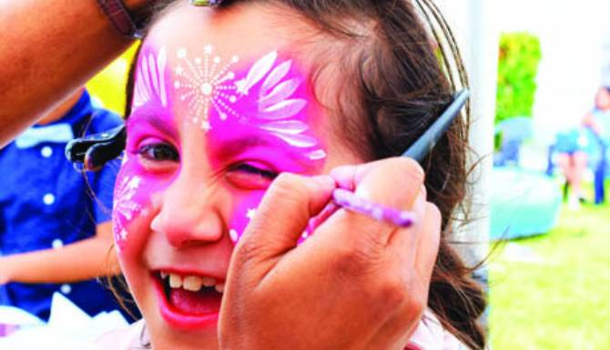 Face paint kid