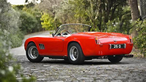 Ferrari 25 O reg plate