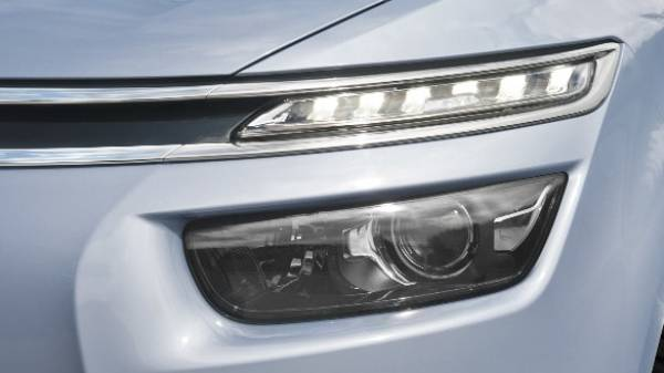 grand c4 picasso driving lights
