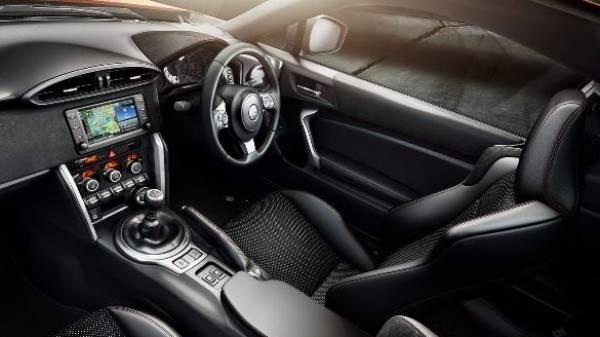 GT86 cockpit