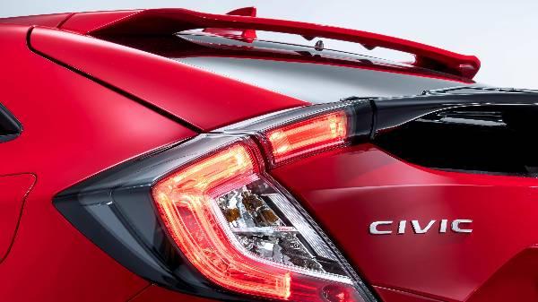 honda civic 2017 - rear light cluster