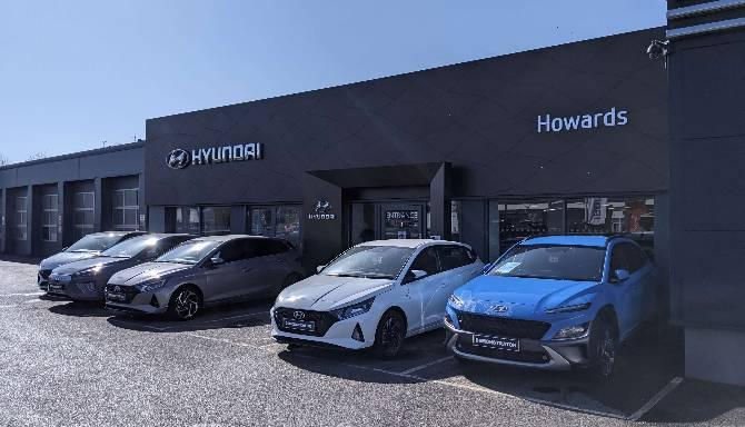 howards hyundai dorchester exterior showroom