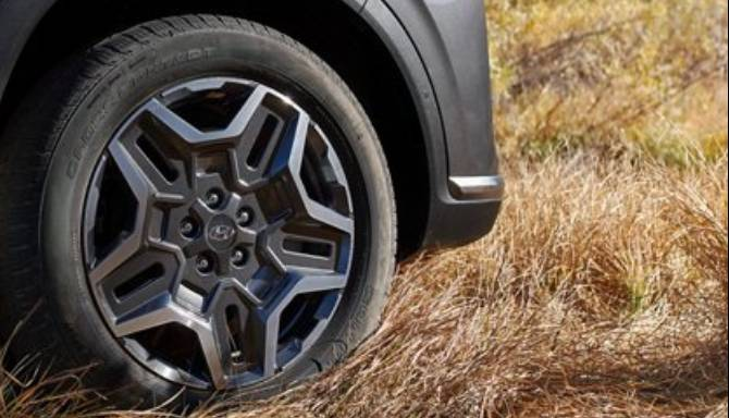 Hyundai-SantaFe-Alloys