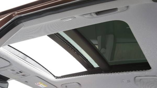 Hyundai i20 sunroof