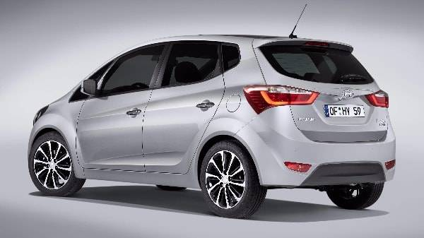 Hyundai ix20 back side view