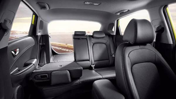 hyundai kona - interior rear seat split for larger boot space