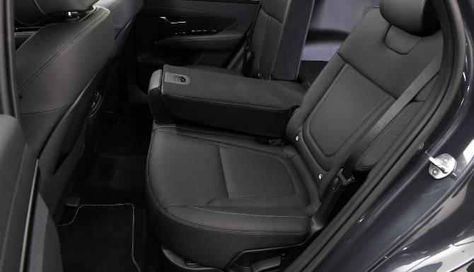 Hyundai Tucson interior