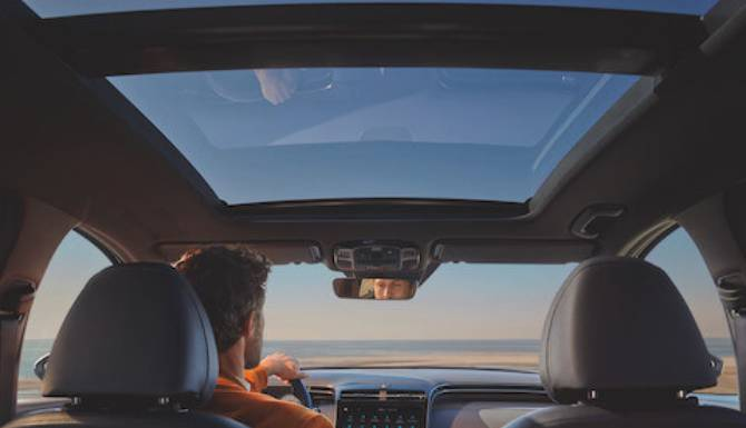 Hyundai Tucson Panoramic sunroof