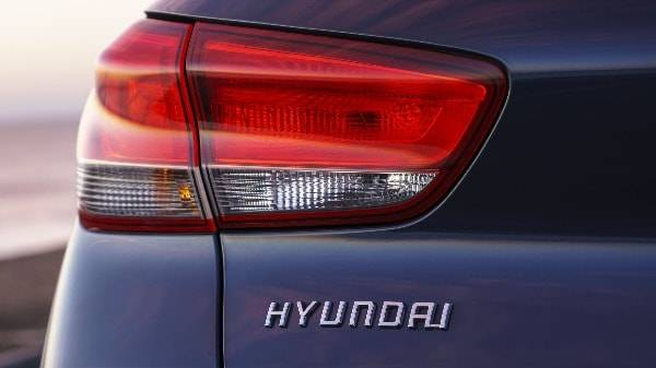 i30 tail light