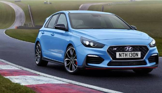 hyundai i30n parked on track in blue