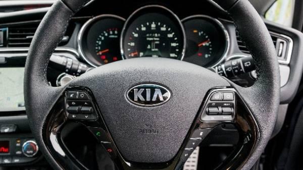 Kia Ceed wheel and dash