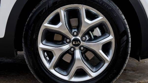 Kia Sorento - ALLOY WHEEL