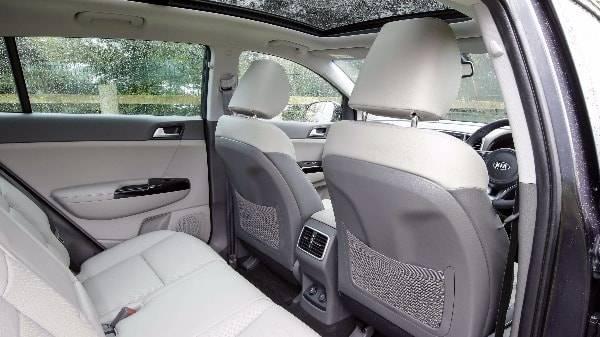 Kia Sportage - interior passenger seats