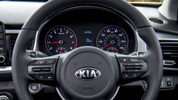 kia stonic - steering wheel