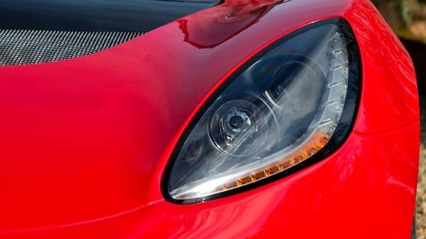 lotus elise sport - front headlight