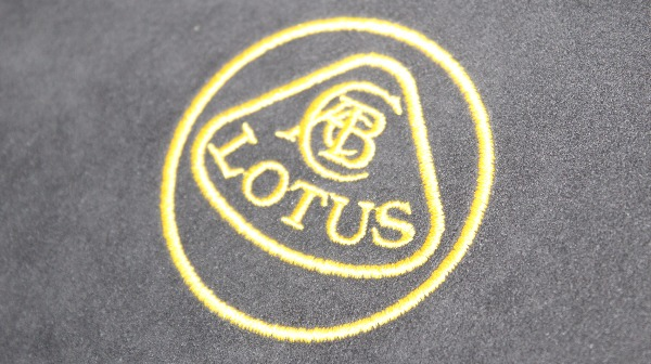 Lotus Evora 410 Sport emblem