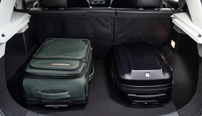 mg zs suitcase