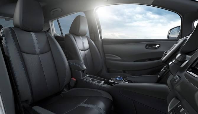 Nissan LEAF 2018 Interior Space