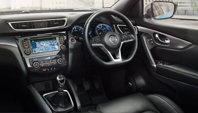 Nissan Qashqai 2019 Interior Drivers Side