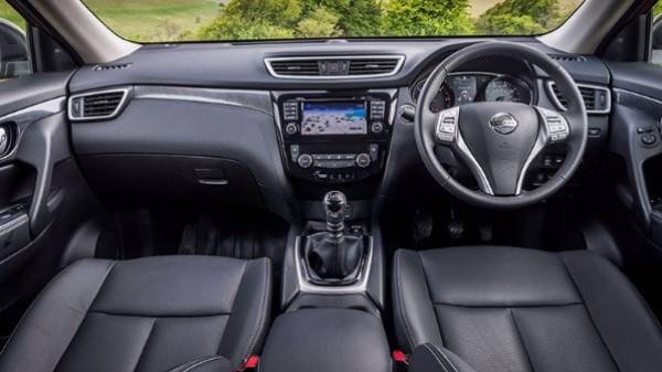 NISSAN X-TRAIL - INTERIOR DASH