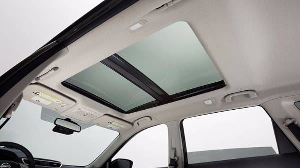 nissan x-trail - panoramic roof