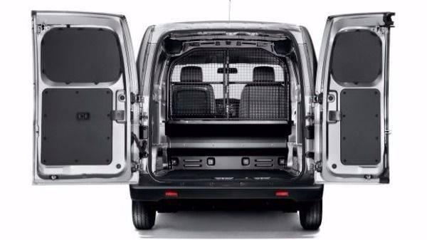 NV200 open rear doors
