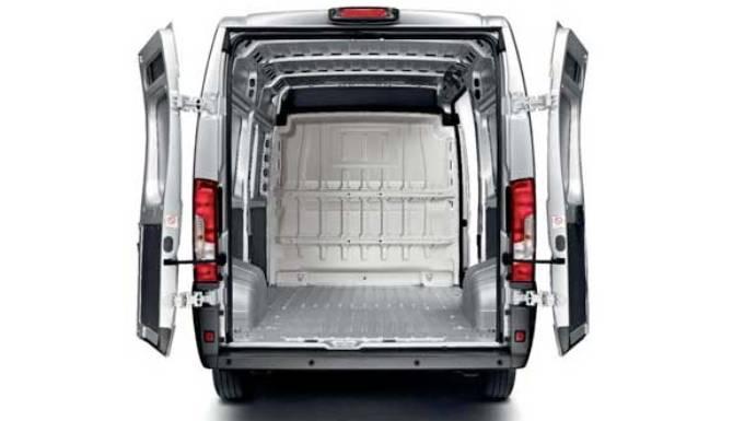 peugeot-boxer-rear-doors-open