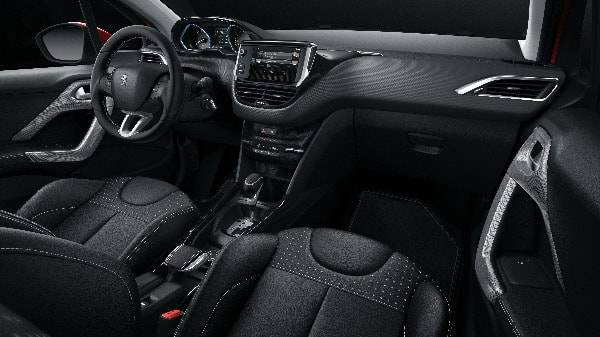 peugeot 2008 interior dispaly view - automatic