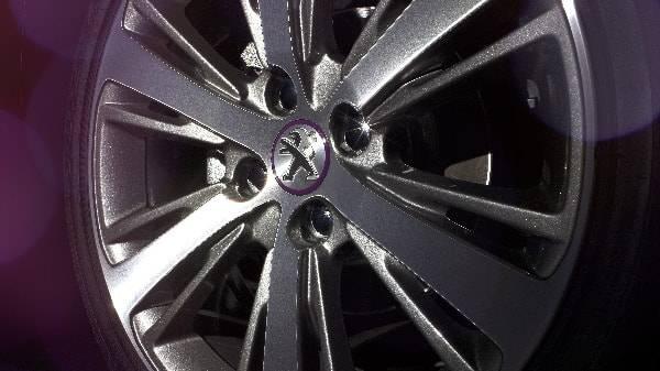 peugeot 208 alloy wheel 18 spoke