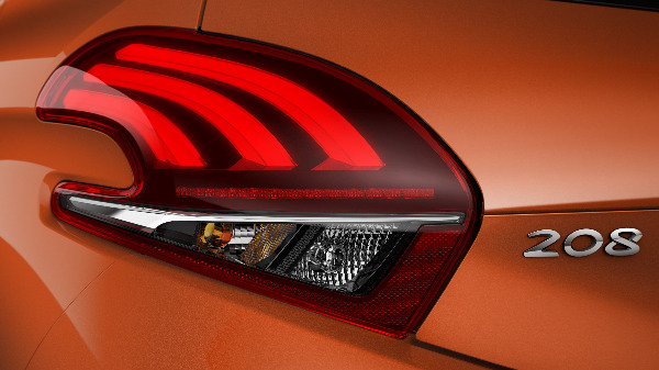 Peugeot 208 Rear Lights-min