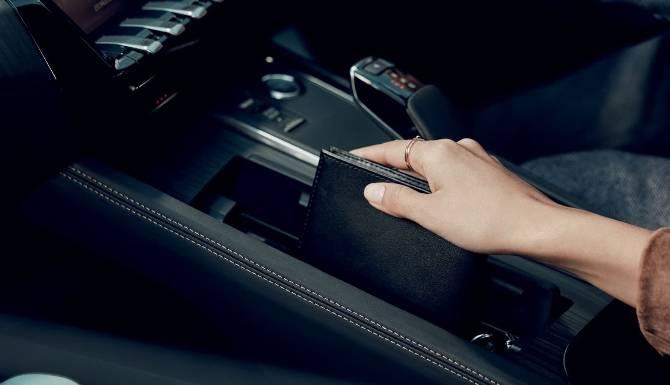 Peugeot 508 SW Center Console Gear
