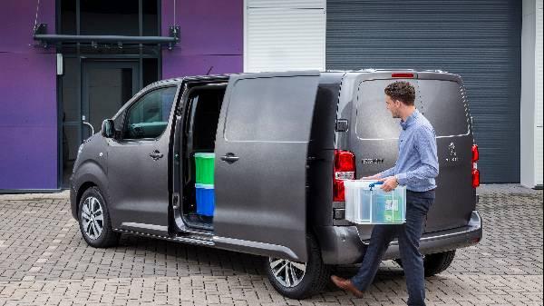 Peugeot expert van sliding door