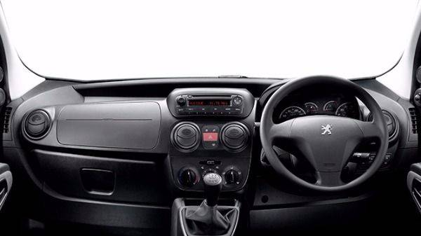 Peugeot bipper dashboard