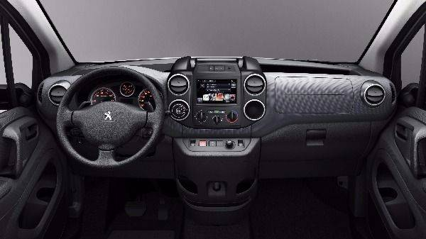 Peugeot Partner dashboard