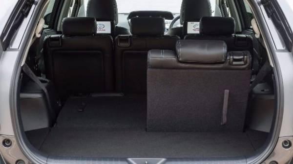 Prius+ folding seats