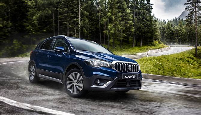 Suzuki S-Cross On The Road