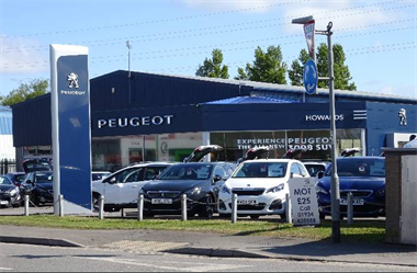 Howards Peugeot Customer Service Recognised As A Roaring Success!